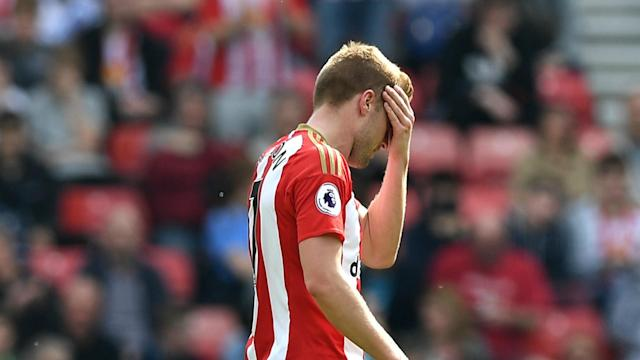 Sebastian Larsson's red card was the key moment as Sunderland slipped to a 3-0 home defeat to Manchester United, David Moyes said.