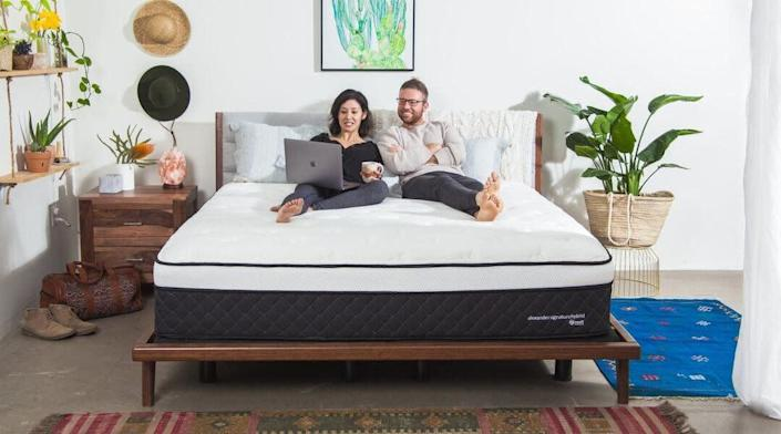"Until Dec. 8, <strong><a href=""https://fave.co/36MjSON"" rel=""nofollow noopener"" target=""_blank"" data-ylk=""slk:Nest Bedding's offering $300 off select mattresses"" class=""link rapid-noclick-resp"">Nest Bedding's offering $300 off select mattresses </a></strong> with code<strong> LUXNEST</strong>. You can sleep soundly knowing that you saved on your mattress. Check out the site's selection, like the <strong><a href=""https://fave.co/2qxtbl0"" rel=""nofollow noopener"" target=""_blank"" data-ylk=""slk:Alexander Signature Hybrid"" class=""link rapid-noclick-resp"">Alexander Signature Hybrid</a></strong>."