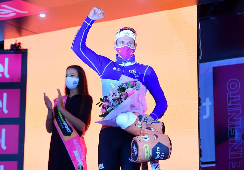 Demare sprints to another Giro stage win