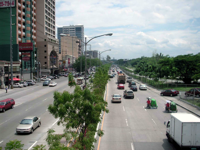 """<p>It might not totally end the traffic problem in the Philippines, but at least it will lessen traffic congestion in Metro Manila–even during the holidays. The Metropolitan Manila Development Authority ...</p> <p>The post <a rel=""""nofollow"""" rel=""""nofollow"""" href=""""https://www.carmudi.com.ph/journal/four-new-kalayaan-lanes-in-quezon-city-now-open-for-private-vehicles/"""">Four New Routes Added to Kalayaan Lanes Now Open for Private Vehicles</a> appeared first on <a rel=""""nofollow"""" rel=""""nofollow"""" href=""""https://www.carmudi.com.ph/journal"""">Carmudi Philippines</a>.</p>"""