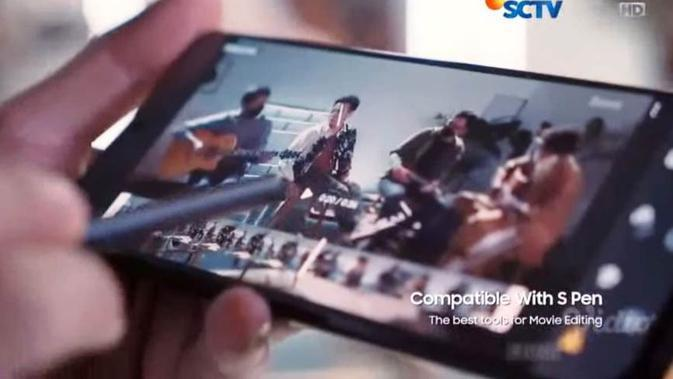 The Epic Show by Samsung Galaxy S21 Series 5G. (Credit: Samsung)