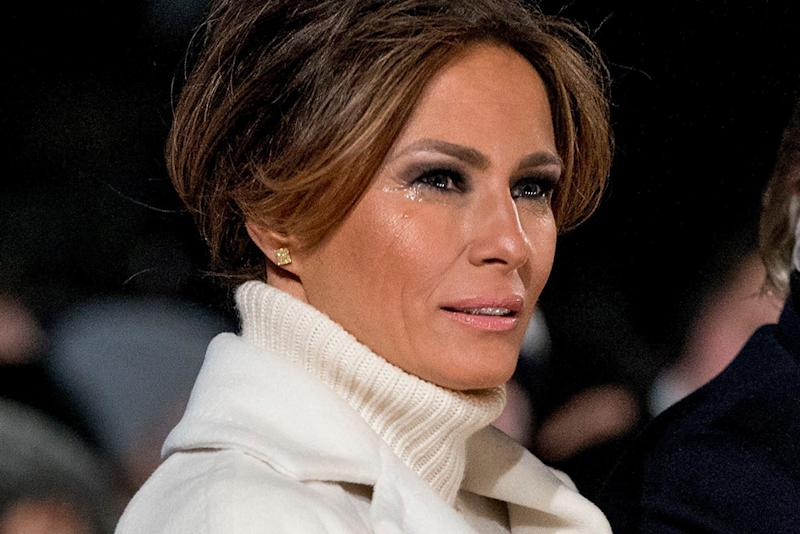 29bf0ba8e135 Melania Trump Is a Vision in White at the National Christmas Tree Lighting  Ceremony