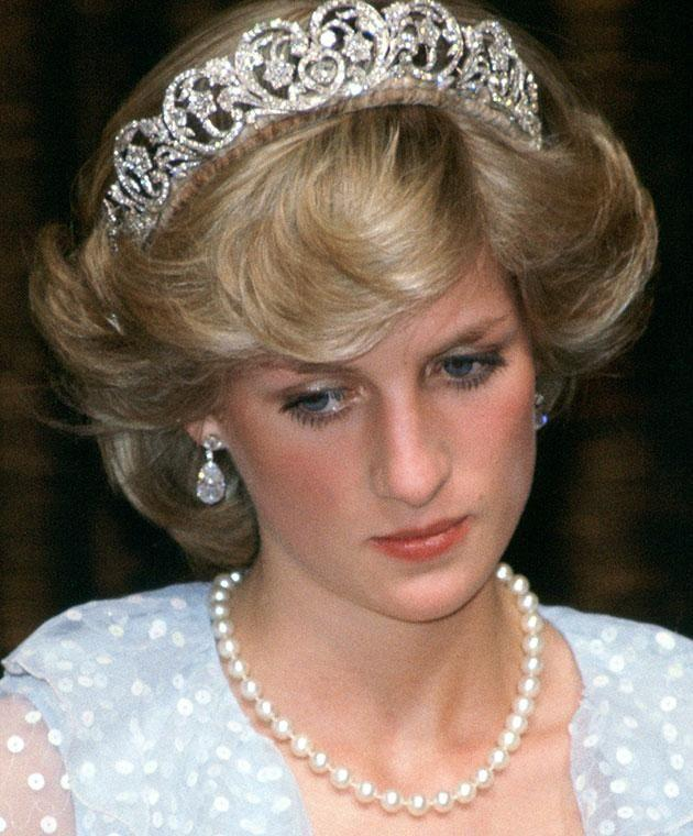 A biography claims Princess Diana contacted Camilla to leave warning messages. Photo: Getty