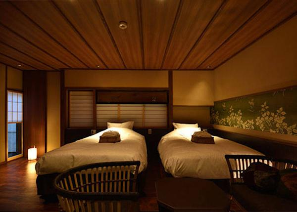 ▲Tokiwa Twin Bedroom. 2 persons, 23,000 yen each plus tax on weekdays, 2 meals included.