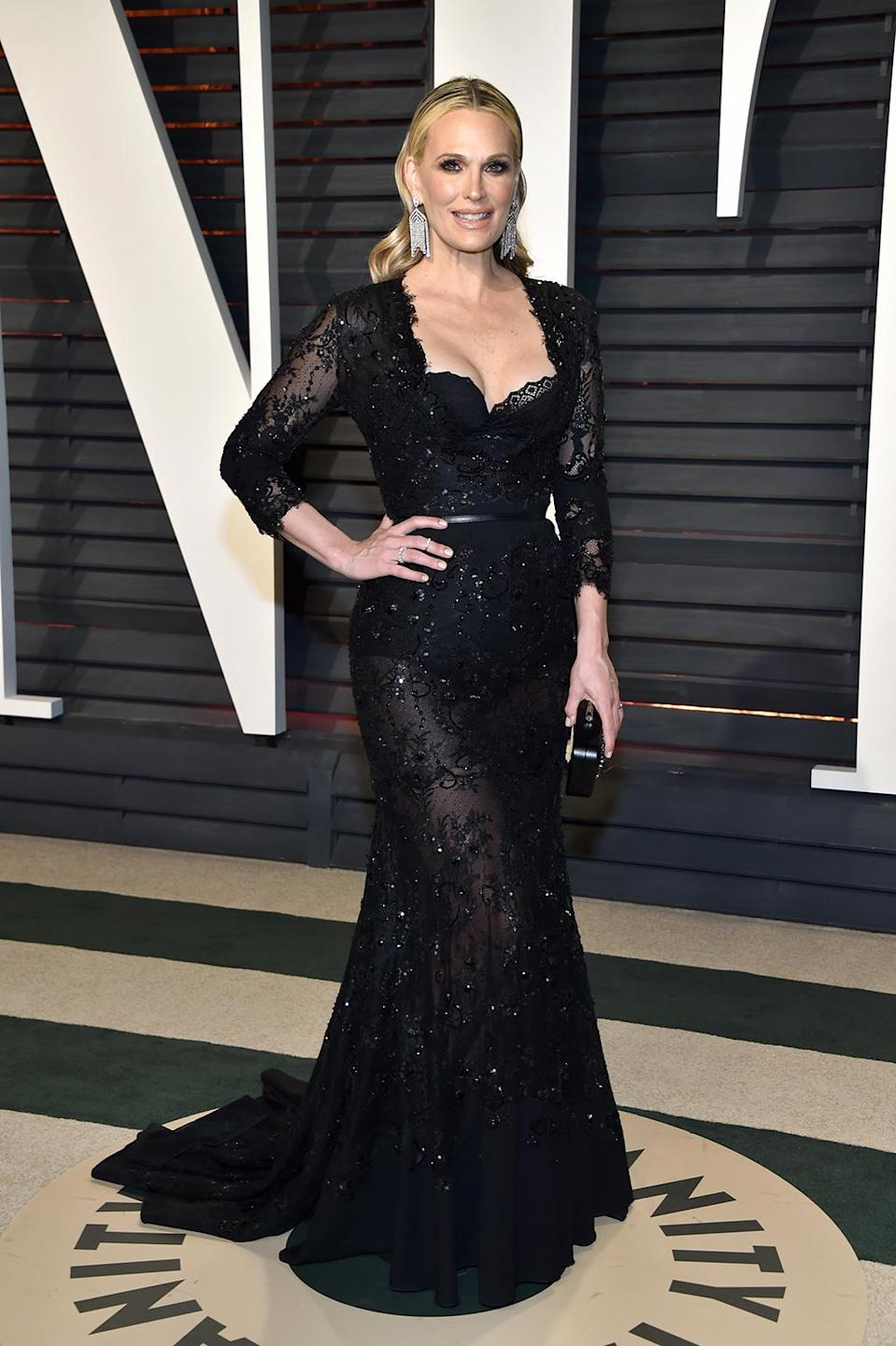 <p>Molly Sims attends the 2017 Vanity Fair Oscar Party hosted by Graydon Carter at Wallis Annenberg Center for the Performing Arts on February 26, 2017 in Beverly Hills, California. (Photo by Pascal Le Segretain/Getty Images) </p>
