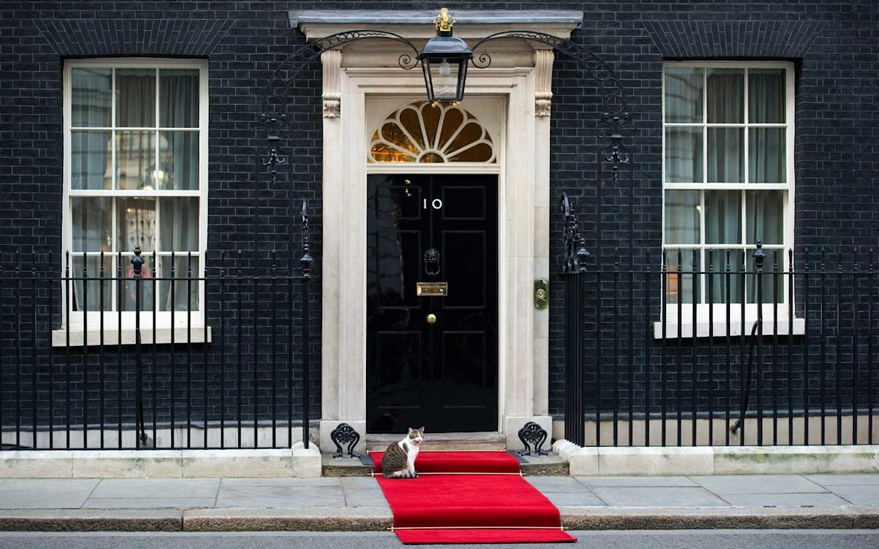 <p>10 Downing Street, home to British Prime Minister Theresa May, perhaps vies with the White House in worldwide recognition. It has been home to prime ministers of Britain since 1735. In comparison to the overt palaces of other world leaders, the true size of 10 Downing Street is somewhat opaque: The external simplicity belies an internal labyrinth. This seemingly modest townhouse has long been merged with the surrounding buildings, now boasting a myriad of doors, hallways and over 100 rooms. The home is never open to the public but can be glimpsed through the gates from Whitehall.</p>