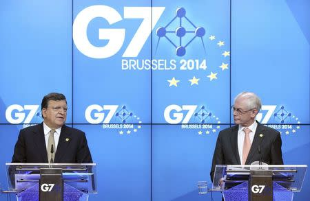 European Commission President Jose Manuel Barroso and European Council President Herman Van Rompuy (R) address a joint news conference ahead of a G7 summit at the European Council building in Brussels June 4, 2014. REUTERS/Francois Lenoir