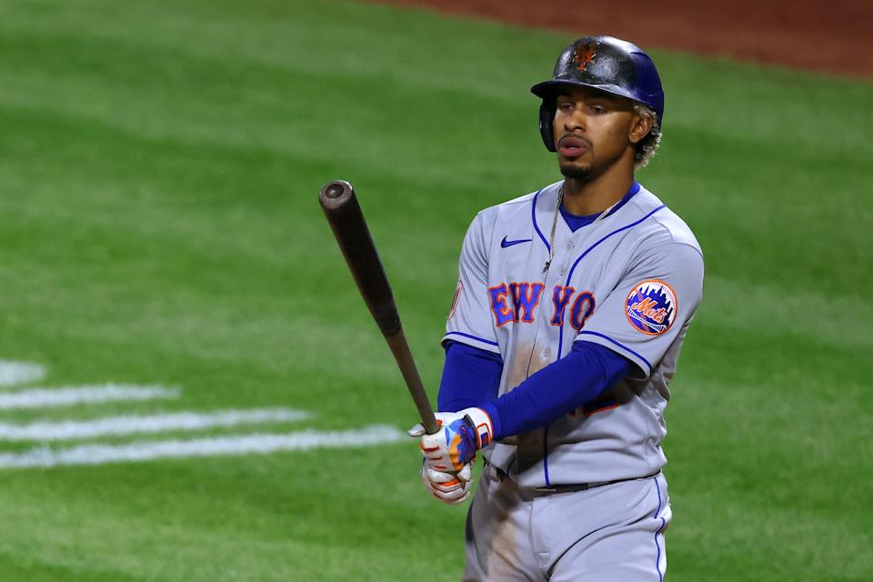 PHILADELPHIA, PA - MAY 02: Francisco Lindor #12 of the New York Mets in action against the Philadelphia Phillies during a game at Citizens Bank Park on May 2, 2021 in Philadelphia, Pennsylvania. (Photo by Rich Schultz/Getty Images)