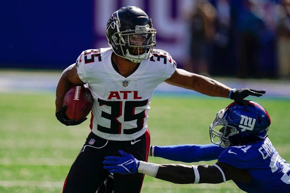 Avery Williams, a Boise State alum, returned three punts for 24 yards for the Atlanta Falcons on Sunday in a 17-14 win over the New York Giants.
