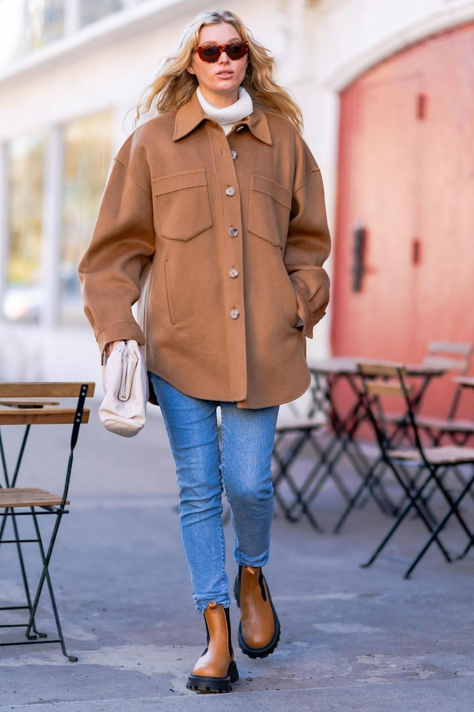 <p>Pregnant model Elsa Hosk was spotted looking chic and bundled up in New York.</p>