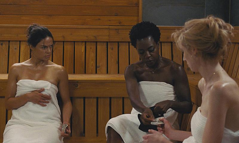 In Steve McQueen's Widows, Oscar-winner Viola Davis rocks her natural hair. (Photo: Fox Movies)