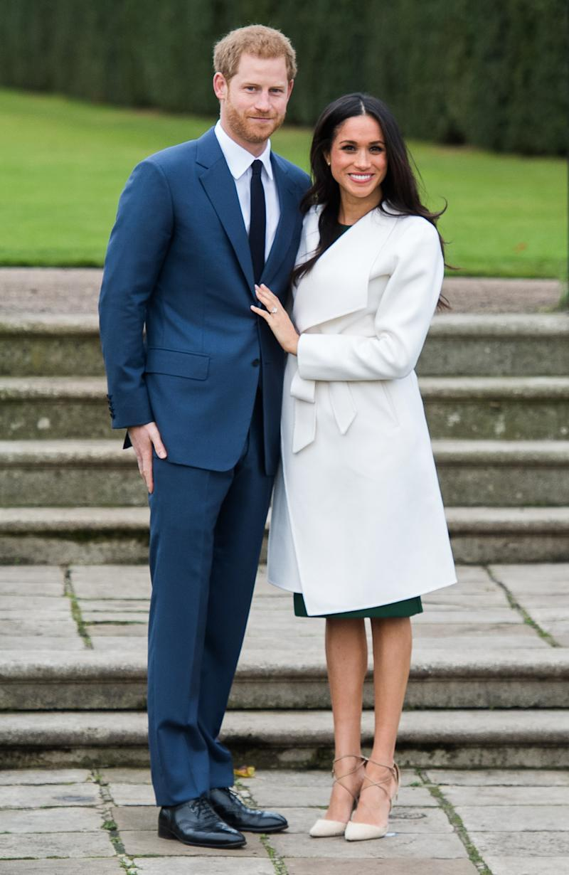 pics How Meghan and Harrys Engagement Interview Compares to William and Kates