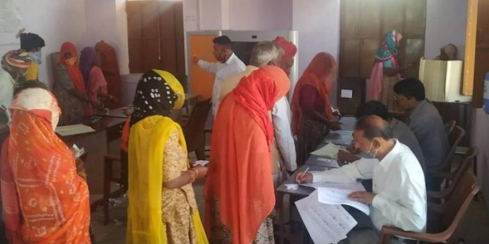 2206 out of the 3245 eligible voters in the Thaneta village of Rajsamand were in favour of alcohol prohibition | Photo credit: The New Indian Express