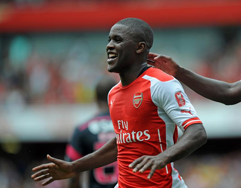 Arsenal's Joel Campbell celebrates scoring his side's second goal in a pre-season friendly match against Benfica at The Emirates Stadium in north London on August 2, 2014 (AFP Photo/Olly Greenwood)