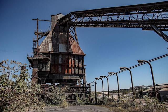 <p>Far from its heyday when it produced more than 250 tons of steel per day, this steelworks in Birmingham, Ala., has lain dormant for 40 years, a sad ode to its long forgotten wonder years. (Photo: Abandoned Southeast/Caters News) </p>
