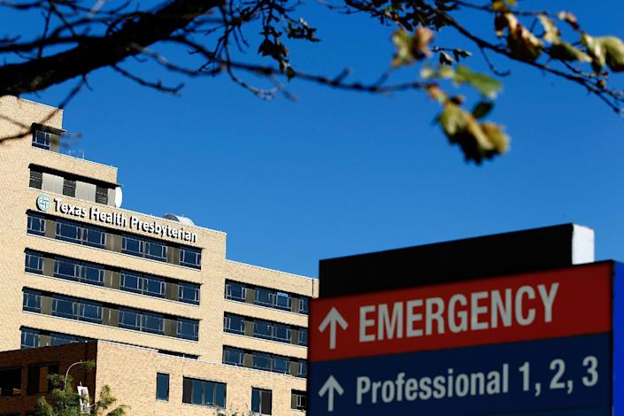 The Texas Health Presbyterian Hospital, where Thomas Eric Duncan died of the Ebola virus, is seen on October 14, 2014 in Dallas, Texas (AFP Photo/Mike Stone)