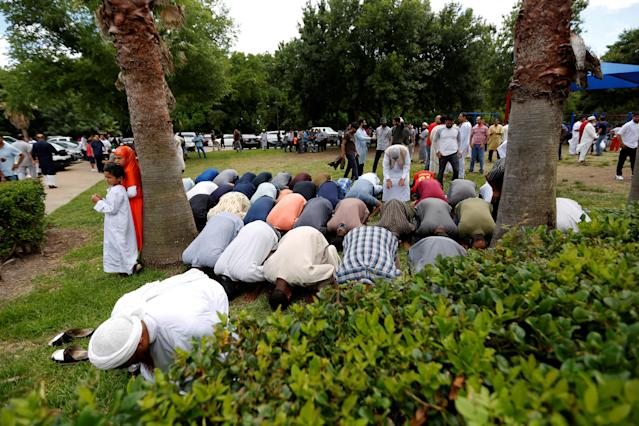 <p>Members of the community pray during a funeral prayer service for Sabika Sheikh at the Brand Lane Islamic Center in Stafford, Texas, May 20, 2018. (Photo: Jonathan Bachman/Reuters) </p>
