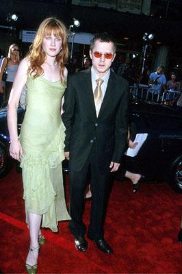 Premiere: Mariah O'Brien and Giovanni Ribisi at the Westwood, CA National Theatre premiere of Touchstone's Gone In 60 Seconds - 6/5/2000
