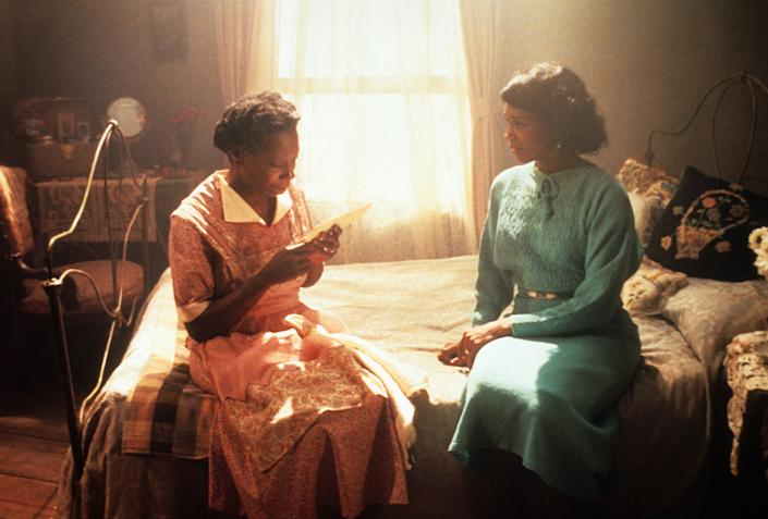 """Whoopi Goldberg and Margaret Avery in """"The Color Purple."""" (Photo: Michael Ochs Archives via Getty Images)"""