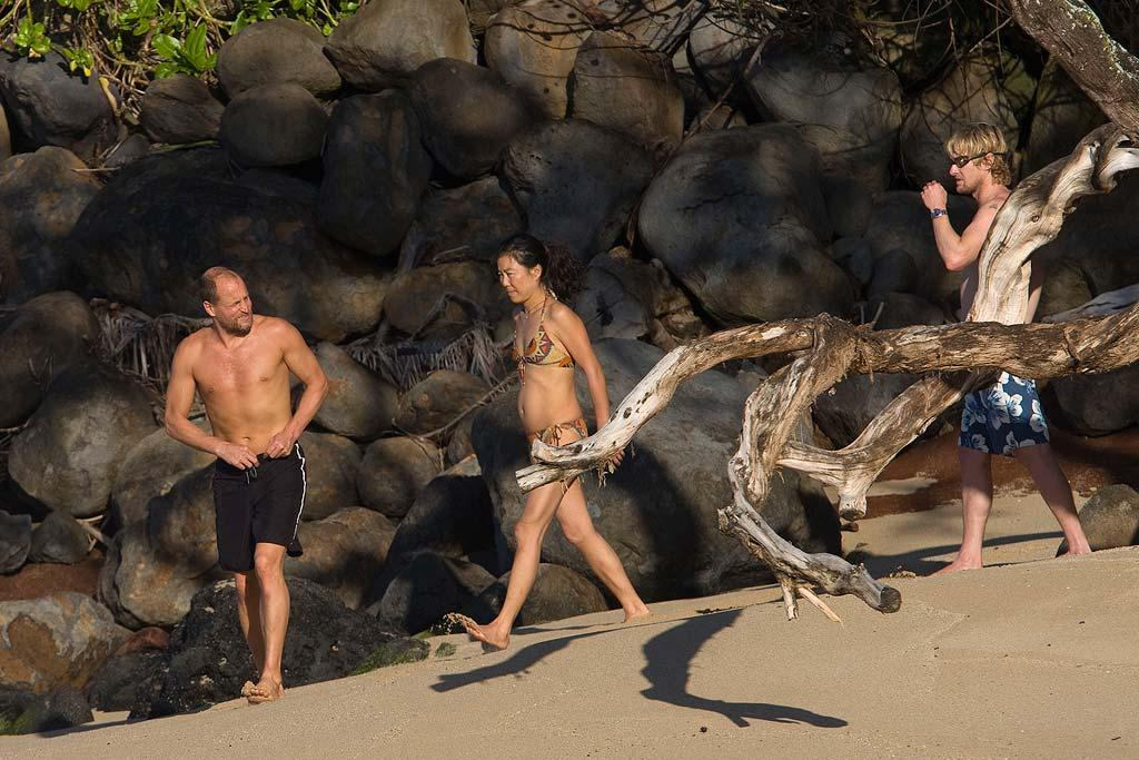 """Woody Harrelson and his wife Laura are joined by BFF Owen Wilson for a Hawaiian getaway. Starsurf/<a href=""""http://www.splashnewsonline.com"""" target=""""new"""">Splash News</a> - January 6, 2008"""