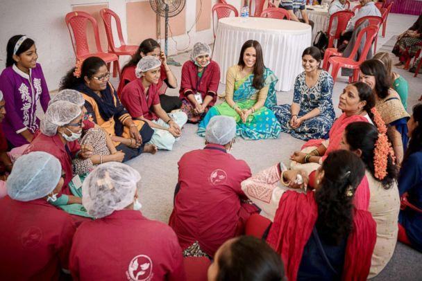 PHOTO: Meghan Markle speaks with women in India on a visit with the Myna Mahila Foundation. (Corey Scarrow/World Vision Canada)