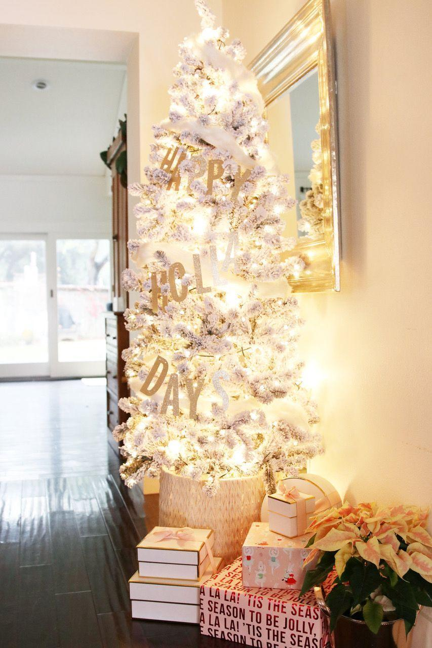 "<p>A generous dose of flocking—plus color-coordinated ornaments—make this <a href=""https://www.elledecor.com/design-decorate/trends/g28926494/silver-christmas-trees/"" rel=""nofollow noopener"" target=""_blank"" data-ylk=""slk:silver tree"" class=""link rapid-noclick-resp"">silver tree</a> all the more luminous and, thus, more festive. </p>"