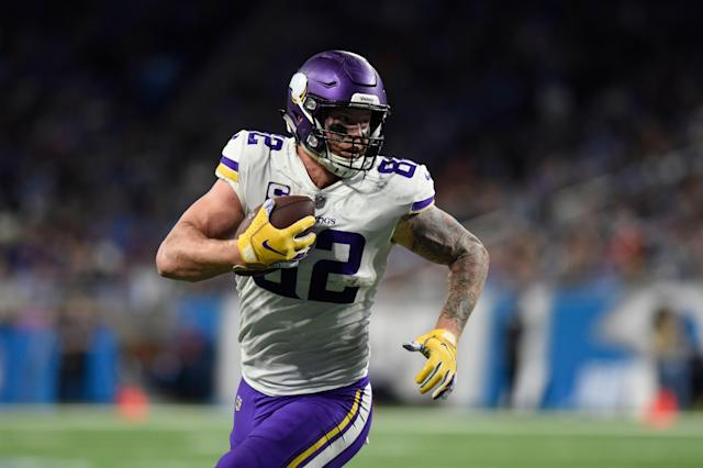 Kyle Rudolph doesn't want to play anywhere other than Minneapolis, and hopes that contract talks between the two sides will be resolved as soon as possible. (AP/Jose Juarez)