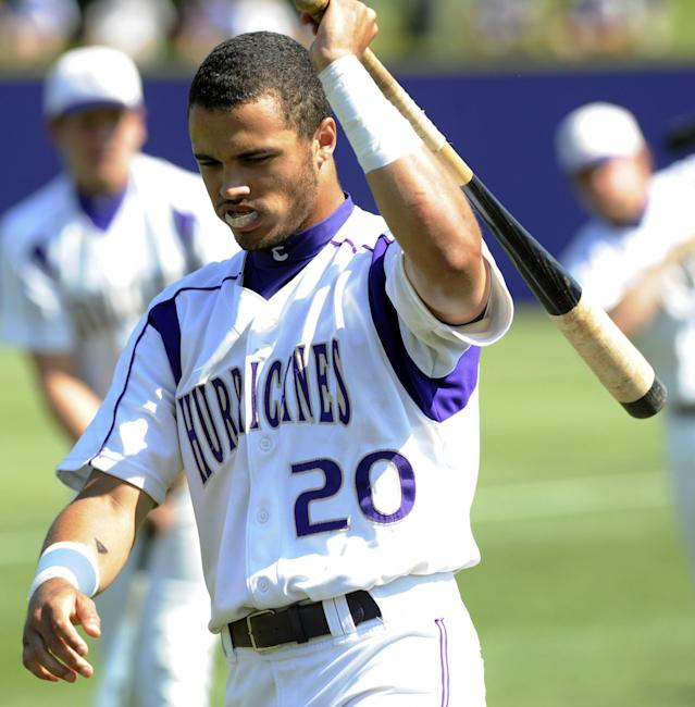 Donavan Tate was the third pick in the 2009 MLB draft. Now he's giving football a shot. (AP Photo/The Daily Tribune News, Skip Butler)