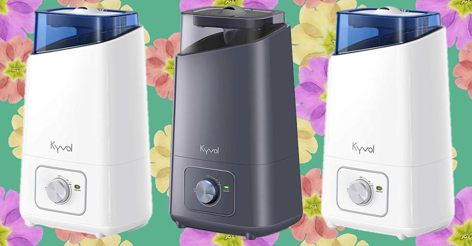 The Kyvol Vigoair HD3 Humidifier uses ultrasonic technology to moisturize the air in your home quietly. (Photo: Amazon/Getty)