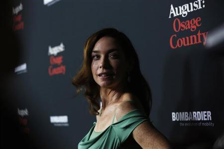 "Nicholson poses at the premiere of ""August: Osage County"" in Los Angeles"
