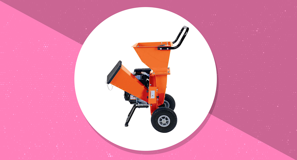 This wood chipper has a 4.3 out of 5 star rating. (Photo: Amazon/Yahoo Lifestyle)
