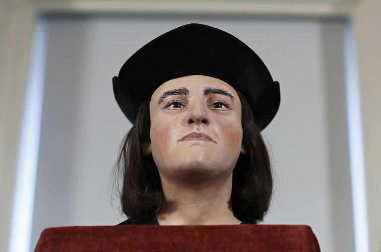 A plastic facial model based on the recently-discovered skull of England's king Richard III is pictured during a press conference in London on February 5, 2013. The face of England's much-maligned king Richard III was revealed on Tuesday for the first time in 500 years on Tuesday following a reconstruction of his skeleton which was found buried underneath a car park