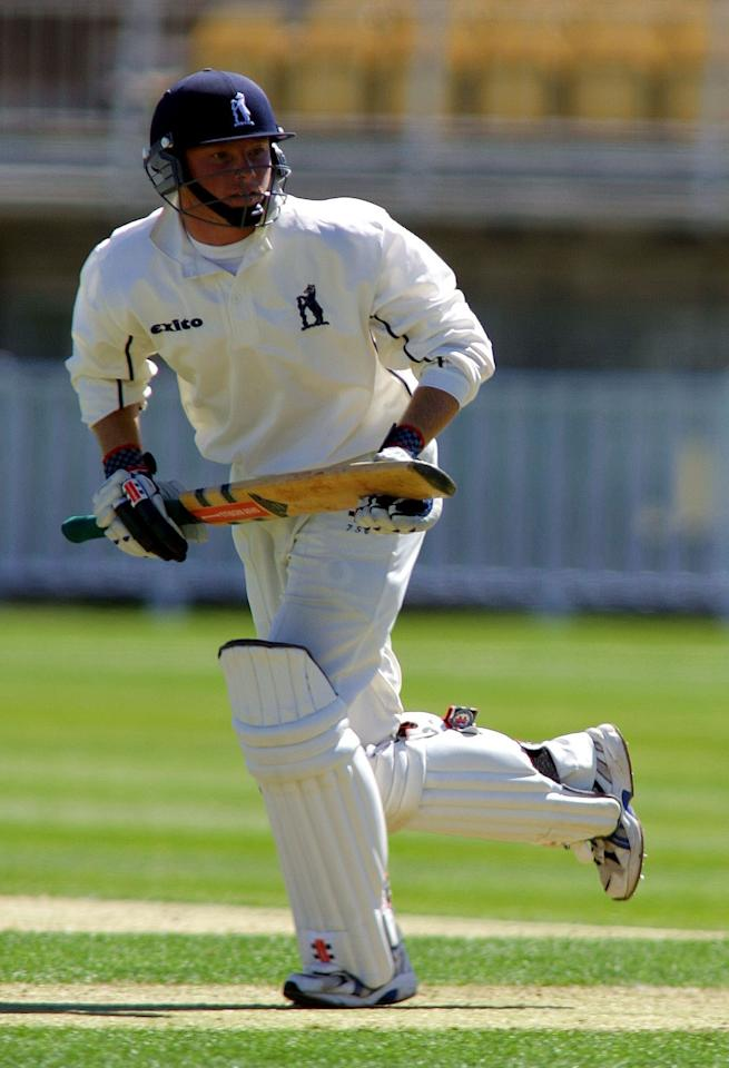 24 Apr 2002:   Ian Bell of Warwickshire in action during the Frizzell County Championship match between Warwickshire and Lancashire at Edgbaston, Birmingham.  DIGITAL IMAGE  Mandatory Credit: Mike Finn Kelcey/Getty Images