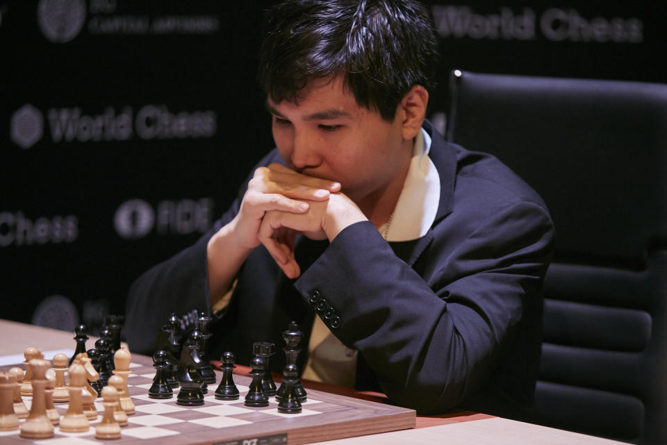 BERLIN, GERMANY - MARCH 10: (L-R) Wesley So is seen playing the first round at the First Move Ceremony during the World Chess Tournament on March 10, 2018 in Berlin, Germany. (Photo by Sebastian Reuter/Getty Images for World Chess)