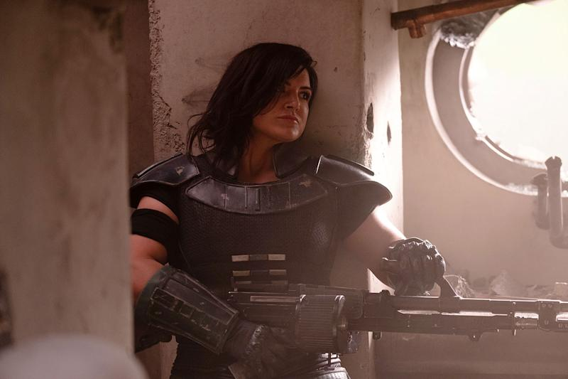 Cara Dune (Gina Carano) in Lucasfilm's THE MANDALORIAN. (Melinda Sue Gordon/© 2018 Lucasfilm Ltd)