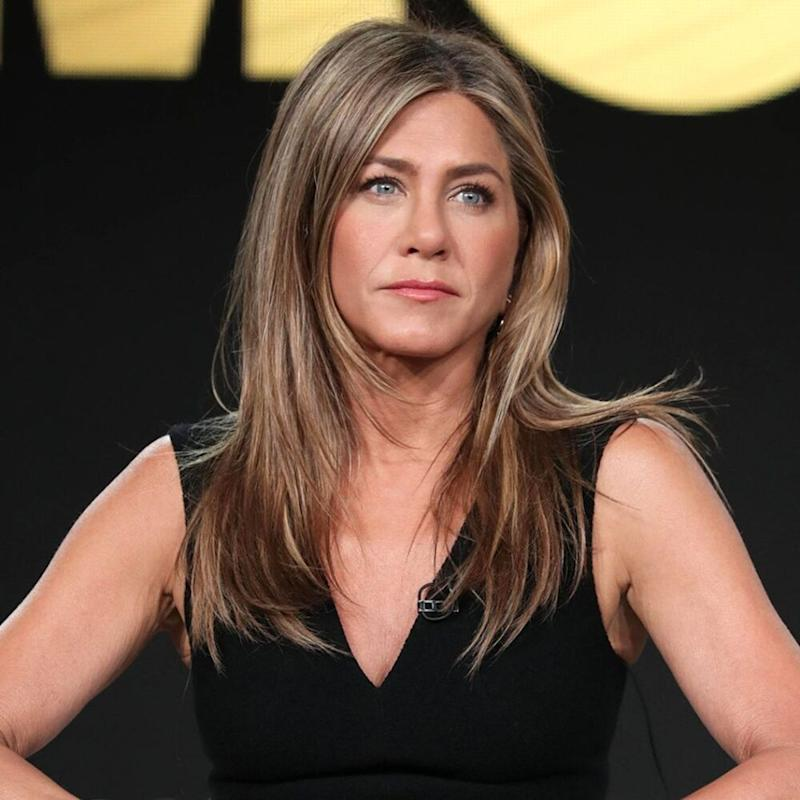 Jennifer Aniston Celebrates 51st Birthday, Courteney Cox & Friends Show Out