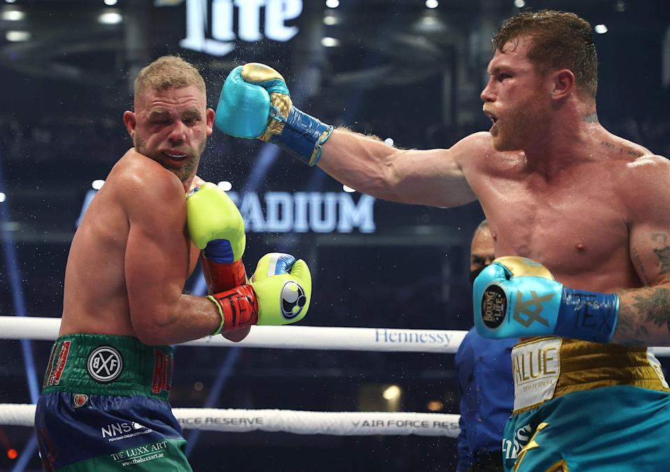 <p>Billy Joe Saunders produced a brave showing in front of more than 70,000 fans in Texas</p> (Getty Images)