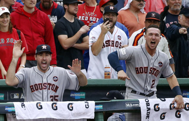 "<a class=""link rapid-noclick-resp"" href=""/mlb/players/7590/"" data-ylk=""slk:Justin Verlander"">Justin Verlander</a> and Alex Bregman celebrate the Astros going ahead in ALDS Game 4. (AP)"