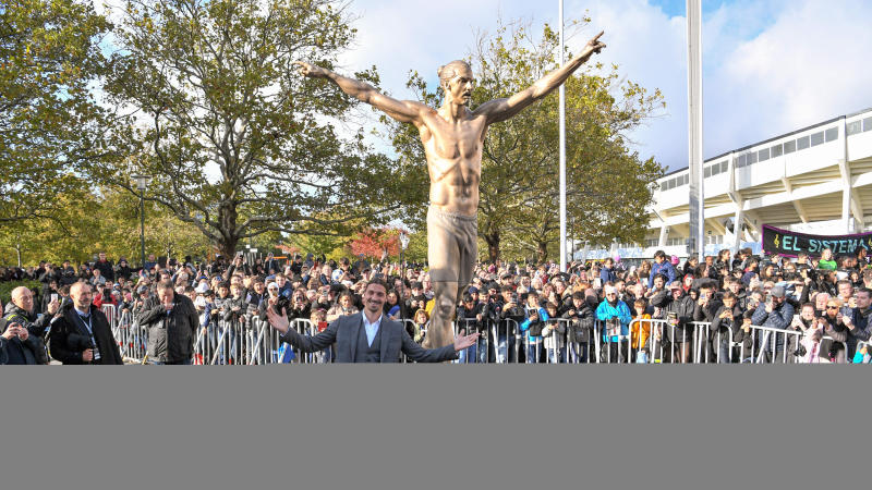 Ibrahimovic immortalised with statue in Sweden