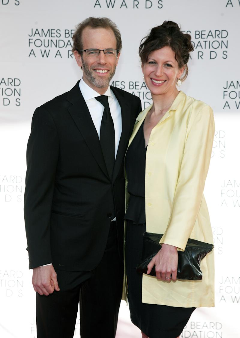 Restauranteur Dan Barber, left, and his wife Aria Beth Sloss, right, arrive at the James Beard Foundation Awards Gala on Monday, May 6, 2013, in New York. (Photo by Andy Kropa/Invision/AP)