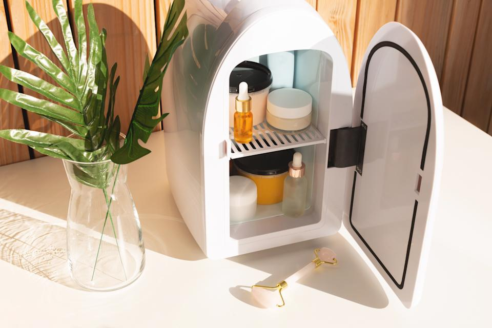 Mini fridge for keeping skincare, makeup and beauty product cool and fresh. Extend shelf live of creams, serums. Keep your beauty products organized and cool. Sunny day and summer vibes.