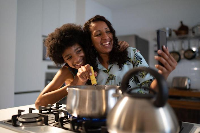 """<p>Make an elaborate meal for mom by attending a <a href=""""https://www.goodhousekeeping.com/life/g32291613/best-online-cooking-courses/"""" rel=""""nofollow noopener"""" target=""""_blank"""" data-ylk=""""slk:virtual cooking class"""" class=""""link rapid-noclick-resp"""">virtual cooking class</a>. Mom can either get in on the fun, or she can enjoy the cooking shenanigans from the comfort of the couch. There are a number of virtual cooking classes available — start by checking out <a href=""""https://go.redirectingat.com?id=74968X1596630&url=https%3A%2F%2Fwww.masterclass.com%2Fsitemap%2Fcategories%2Fculinary-arts&sref=https%3A%2F%2Fwww.womansday.com%2Flife%2Fg35938299%2Fquarantine-mothers-day-ideas%2F"""" rel=""""nofollow noopener"""" target=""""_blank"""" data-ylk=""""slk:MasterClass"""" class=""""link rapid-noclick-resp"""">MasterClass</a>, <a href=""""https://go.redirectingat.com?id=74968X1596630&url=https%3A%2F%2Fwww.craftsy.com%2Fcook%2Fcookclasses%2F&sref=https%3A%2F%2Fwww.womansday.com%2Flife%2Fg35938299%2Fquarantine-mothers-day-ideas%2F"""" rel=""""nofollow noopener"""" target=""""_blank"""" data-ylk=""""slk:Craftsy"""" class=""""link rapid-noclick-resp"""">Craftsy</a>, and <a href=""""https://www.airbnb.com/s/experiences/online"""" rel=""""nofollow noopener"""" target=""""_blank"""" data-ylk=""""slk:Airbnb Online Experiences"""" class=""""link rapid-noclick-resp"""">Airbnb Online Experiences</a>.</p>"""