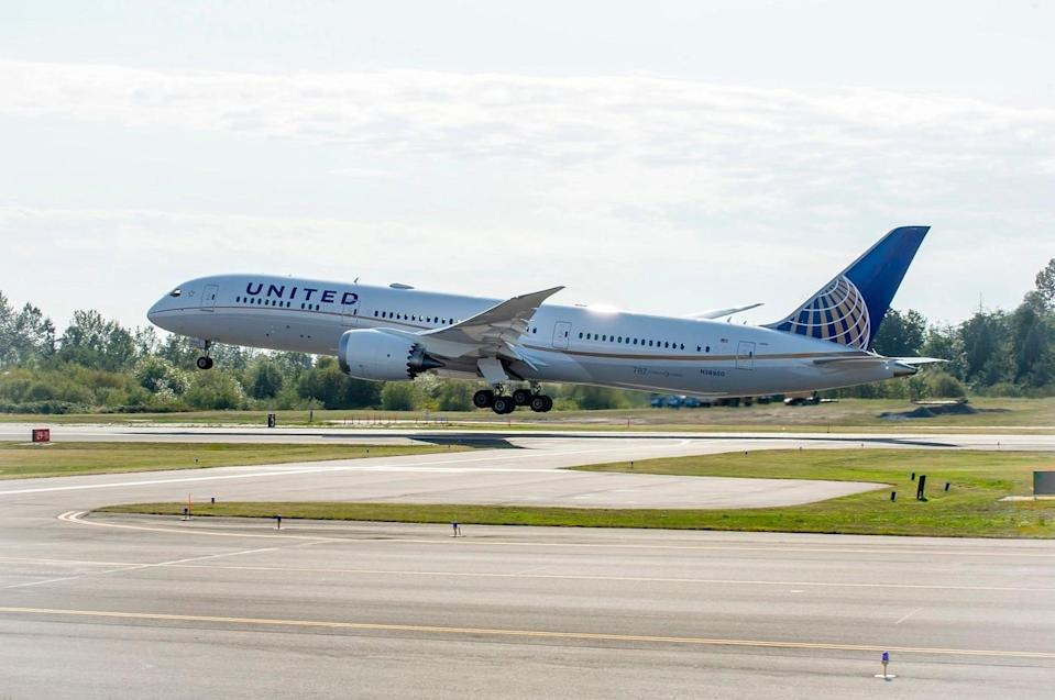 United Airlines to Test Health App Designed to Ease International Travel Restrictions