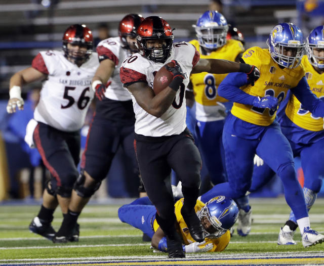San Diego State RB Rashaad Penny passed the 2,000-yard plateau on Friday. (AP Photo/Marcio Jose Sanchez, File)