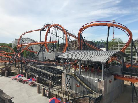 Maryland's First Floorless Coaster Debuts at Six Flags America