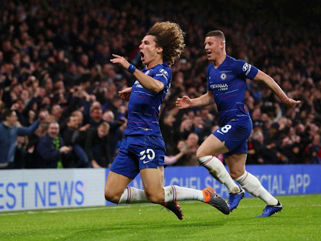 Chelsea vs Manchester City as it happened – David Luiz impresses as City's undefeated run ends