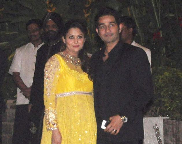 Amrita Arora with her husband Shakeel Ladak arrive