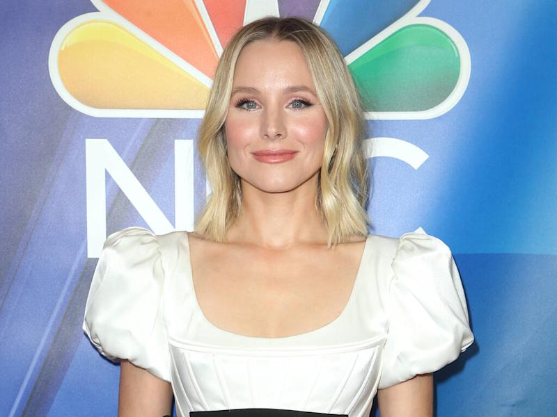 Kristen Bell wants to 'rescue' Disneyland cast members performing as her Frozen character