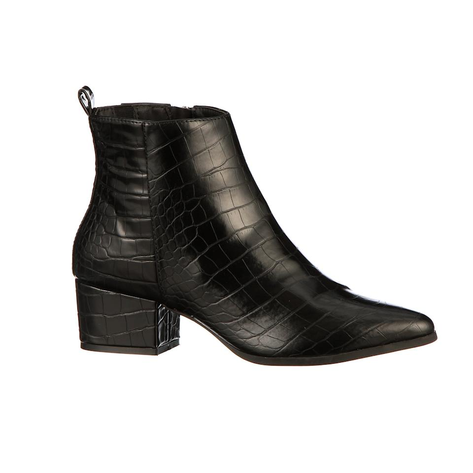 """<p>Everyone should have these classic <a href=""""https://www.popsugar.com/buy/Scoop-Isla-Low-Heeled-Ankle-Boots-491240?p_name=Scoop%20Isla%20Low-Heeled%20Ankle%20Boots&retailer=walmart.com&pid=491240&price=35&evar1=fab%3Aus&evar9=46624636&evar98=https%3A%2F%2Fwww.popsugar.com%2Ffashion%2Fphoto-gallery%2F46624636%2Fimage%2F46624638%2FScoop-Isla-Low-Heeled-Ankle-Boots&list1=shopping%2Cwalmart%2Caffordable%2Cunder%20%24100%2Caffordable%20shopping&prop13=mobile&pdata=1"""" rel=""""nofollow"""" data-shoppable-link=""""1"""" target=""""_blank"""" class=""""ga-track"""" data-ga-category=""""Related"""" data-ga-label=""""https://www.walmart.com/ip/Scoop-Isla-Low-Heel-Ankle-Bootie-Women-s/183989453"""" data-ga-action=""""In-Line Links"""">Scoop Isla Low-Heeled Ankle Boots</a> ($35) in their wardrobe.</p>"""