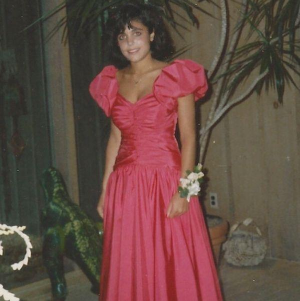 """<p>Gotta love '80s fashion trends! Bethenny Frankel sure did. """"In honor of prom season, here's my #promtbt — who else rocked the '80s puff-sleeved prom dress look?!"""" the <i>Real Housewives of New York City </i>star <a href=""""http://instagram.com/p/nvRTQDNPCV/"""" rel=""""nofollow noopener"""" target=""""_blank"""" data-ylk=""""slk:asked on Instagram"""" class=""""link rapid-noclick-resp"""">asked on Instagram</a> when she posted this totally awesome snap.<i> (Photo: Instagram)</i></p>"""